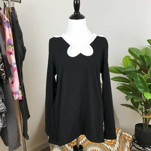 Soft surroundings black and white cut out blouse